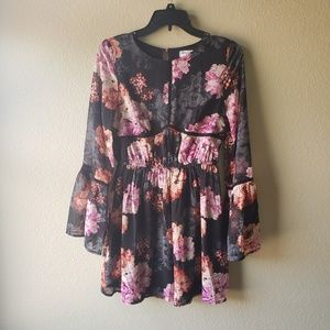 Speechless Floral Print Blouse w Bell Sleeves